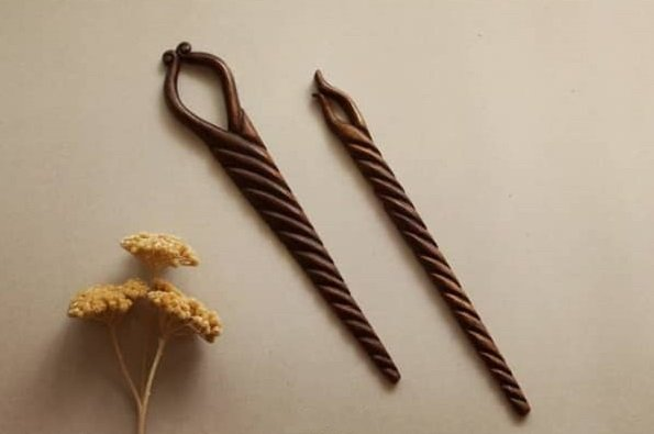 Wooden hair fork