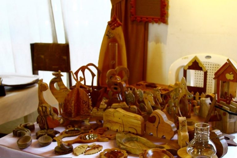 Wood Crafts to Sell at Craft Shows