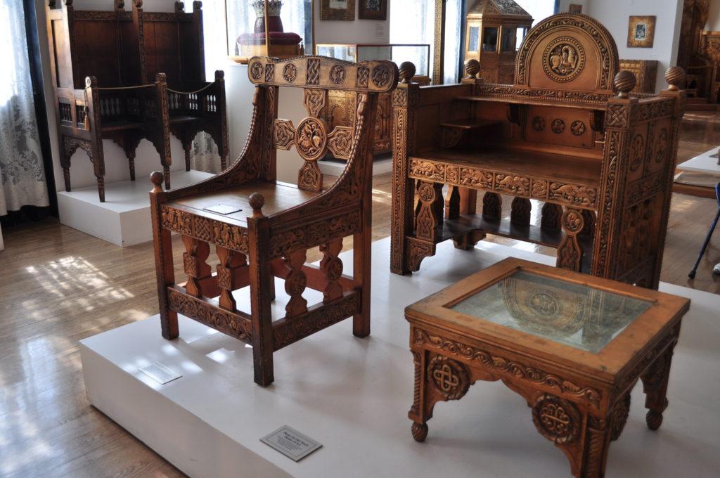 wood_furniture